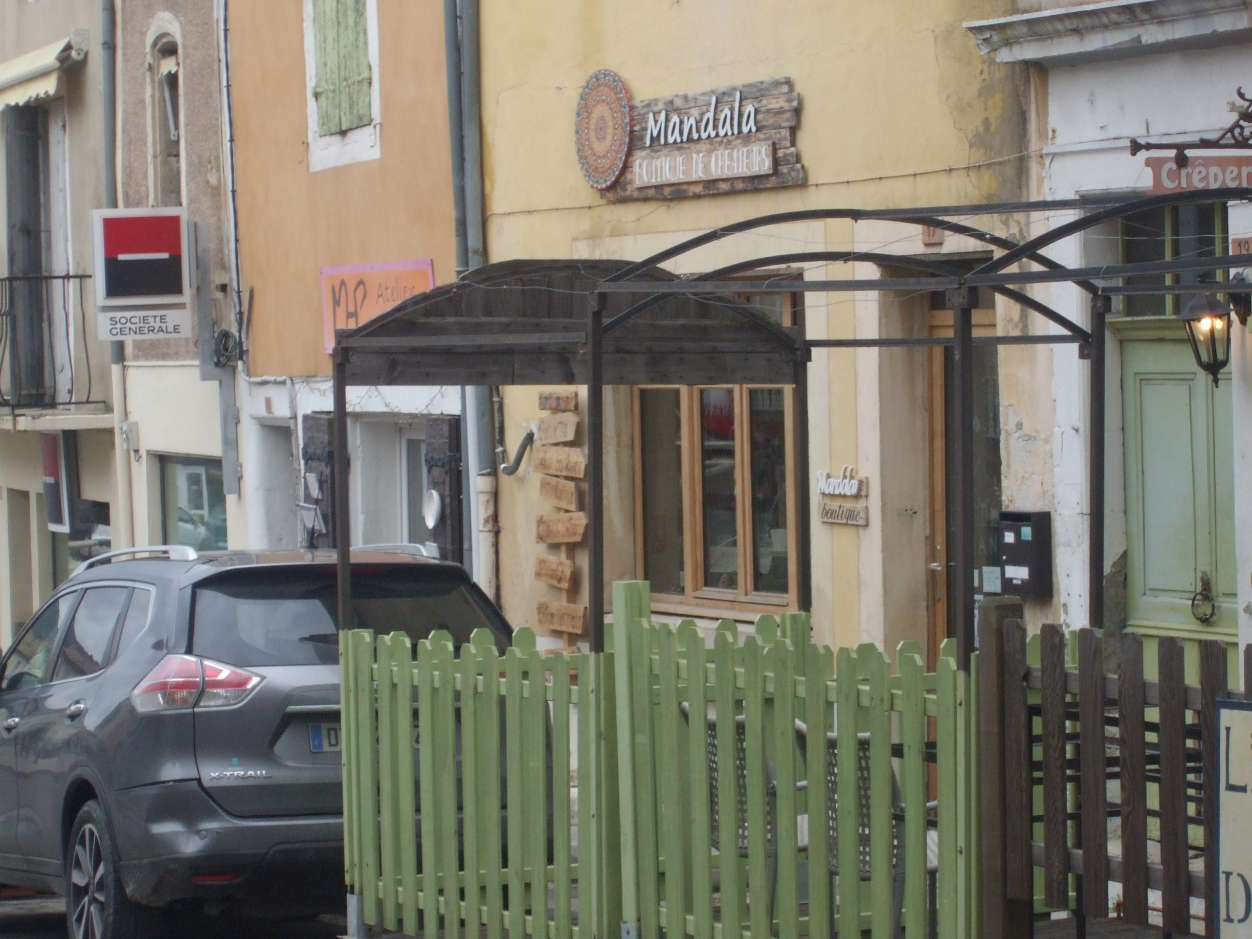 Restaurant/Crêperie; en Drôme Provençale