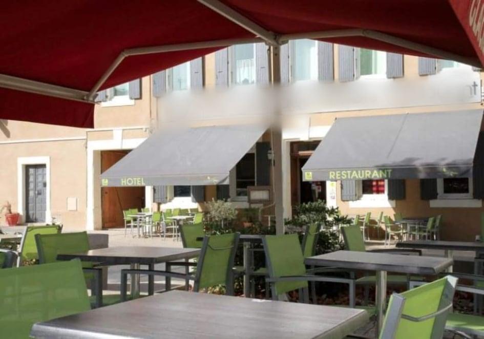 ARDECHE MERIDIONALE, proche Vallon Pont D'Arc et de la Grotte CHAUVET, CESSION Fonds, Hôtel, Restaurant